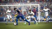 FIFA Street: Drei neue Screenshots zeigen Lionel Messi in Action.